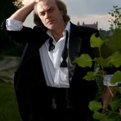 Milan Bahúl, actor